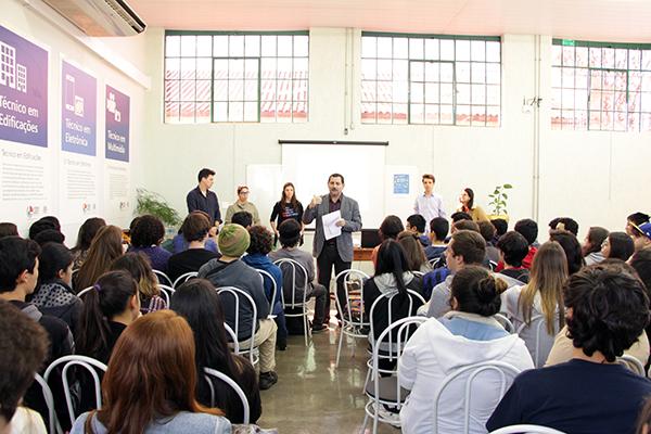 1-forum-profissoes-liceu-0897